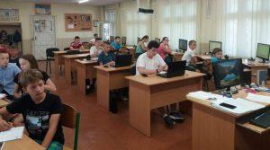 Школа програмування для учнів триває в Хусті