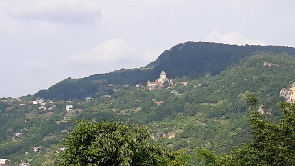 Вид на Гелатський монастир