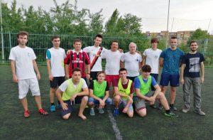 Лектори й учасники Літньої школи з програмування змагалися з футболу